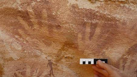small-handprint