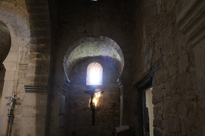 iglesia_wamba_interior_alvaro_anula