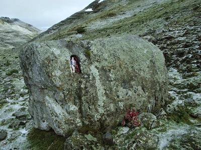 piedra_ama_birgin_alvaro_anula