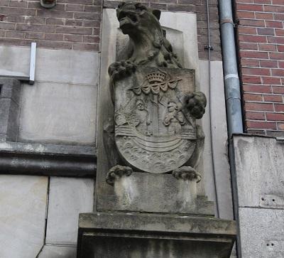 escudo-amsterdam-leyenda-alvaro-anula